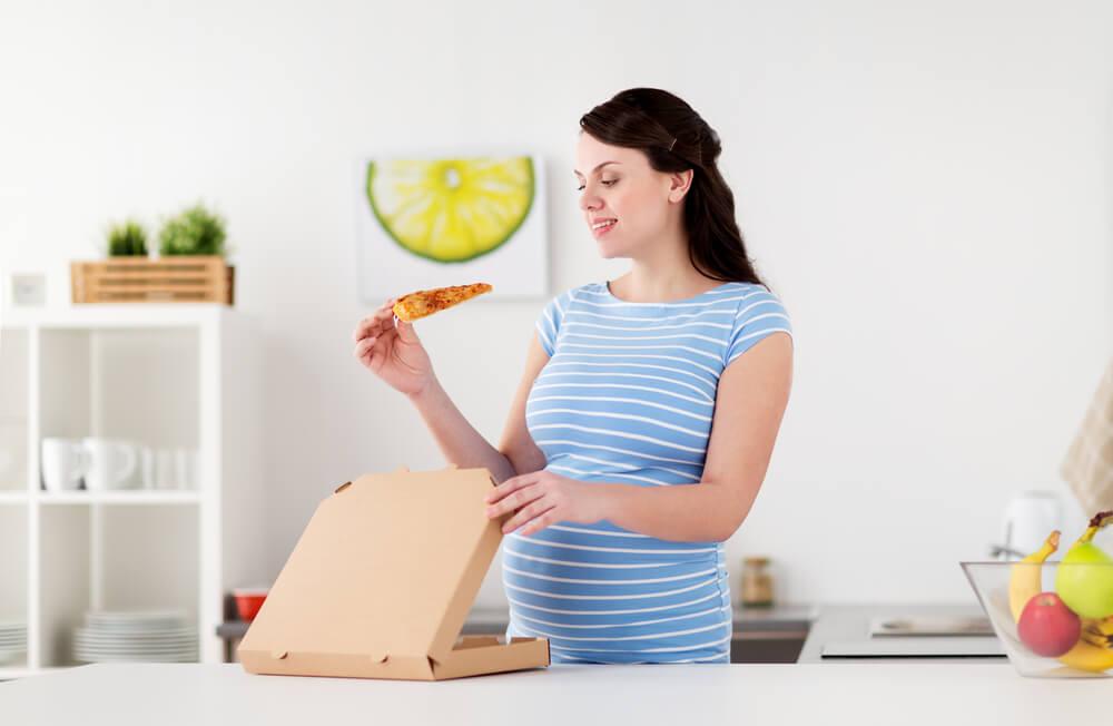 Ibu Hamil, Begini Cara Jitu Lawan Godaan Makan Junk Food