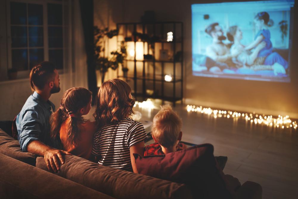 4 Rekomendasi Film Keluarga yang Baik untuk Anak