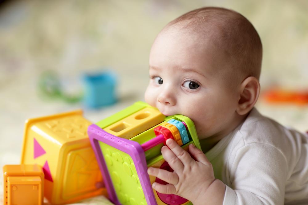 Panduan Memilih Mainan Untuk Bayi