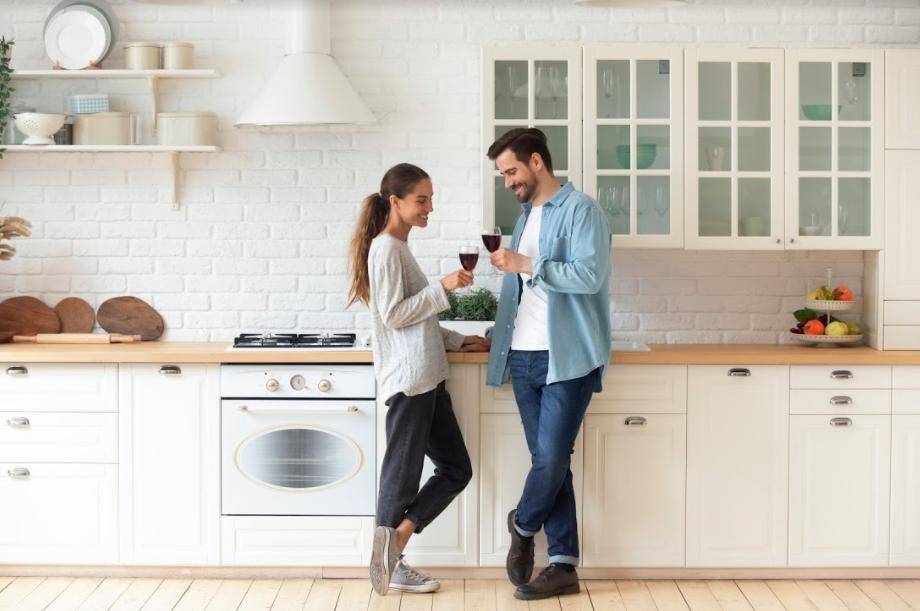 Homeymoon: Honeymoon Nyaman di Rumah