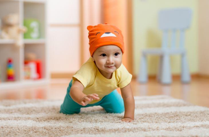 Stimulasi Keterampilan Berguling dan Tengkurap pada Bayi