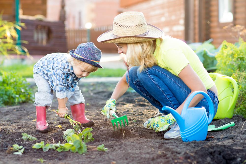Manfaat Berkebun Untuk Si Kecil
