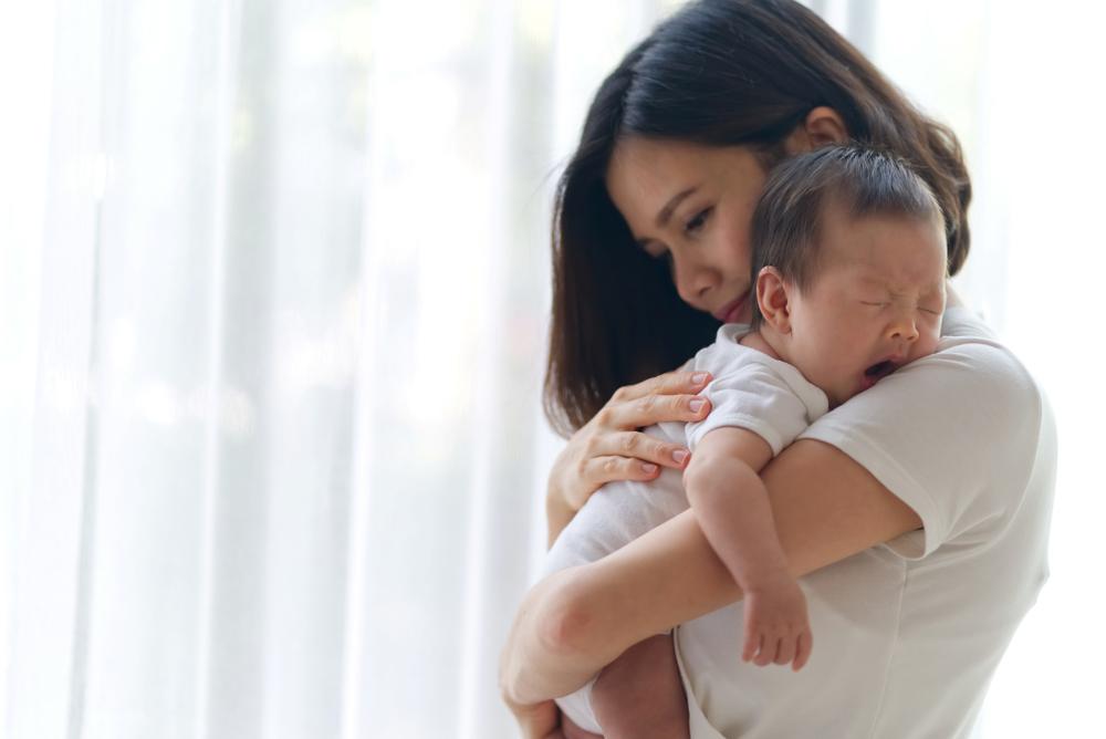 Cara Mengatasi Bayi Sering Gumoh