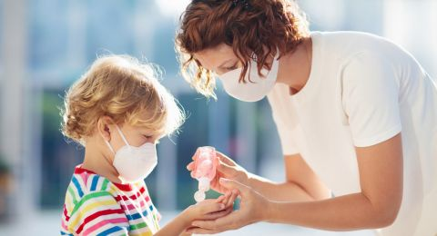 Hadapi Wabah Pandemik Bersama Anak, Begini Caranya