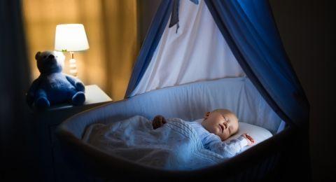 Bayi Susah Tidur Di Malam Hari? Coba Cara Ini