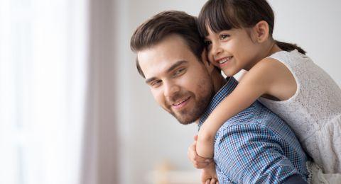 Begini Cara Mendekatkan Hubungan Ayah dengan Anak