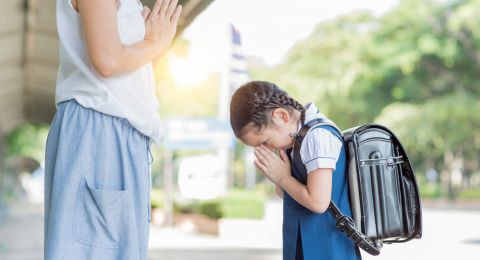 Mengajarkan 3 Kata Ajaib: Terimakasih, Tolong, Maaf