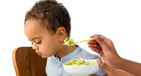 Nafsu Makan Balita Menurun? Atasi Dengan Cara Ini