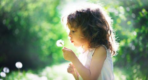 Kiat Tumbuhkan Kepekaan Lingkungan pada Anak