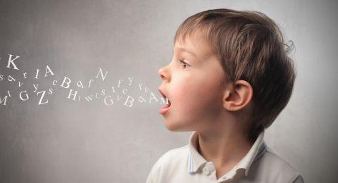 Tips Jitu Membantu Mengatasi Anak Terlambat Bicara